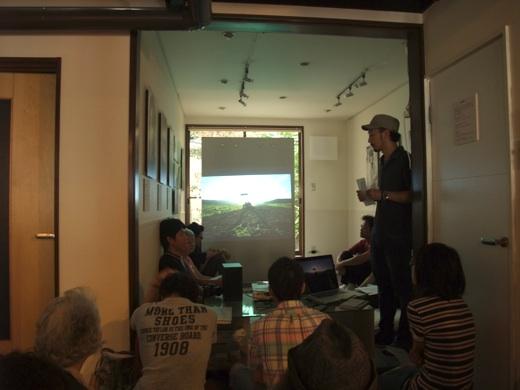 京都市にあるギャラリーLittle houseで行われた小原一真「Beyond Fukushima―福島の彼方(かなた)に」