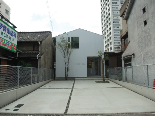 VOID+FORM建築設計事務所