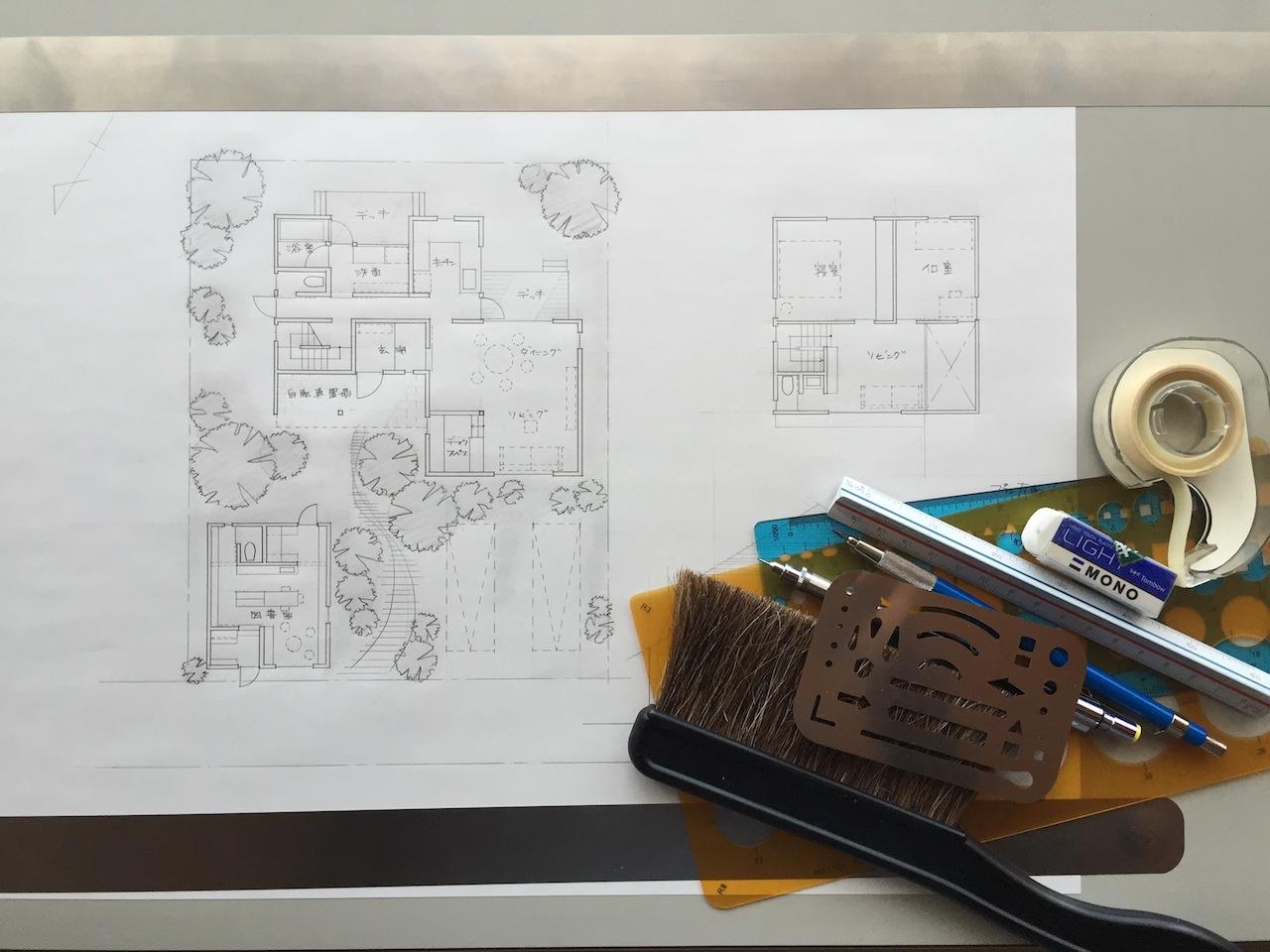 [sketch #3]小さな離れの図書館を持つ家