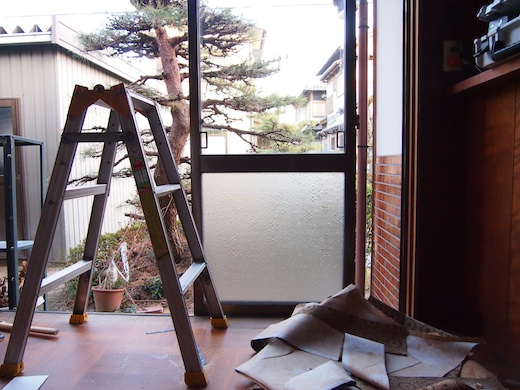 事務所改修1日目は撤去作業