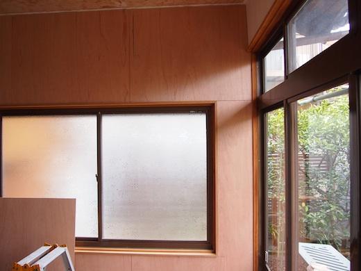 事務所改修6日目は壁にラワン合板4mmを張る