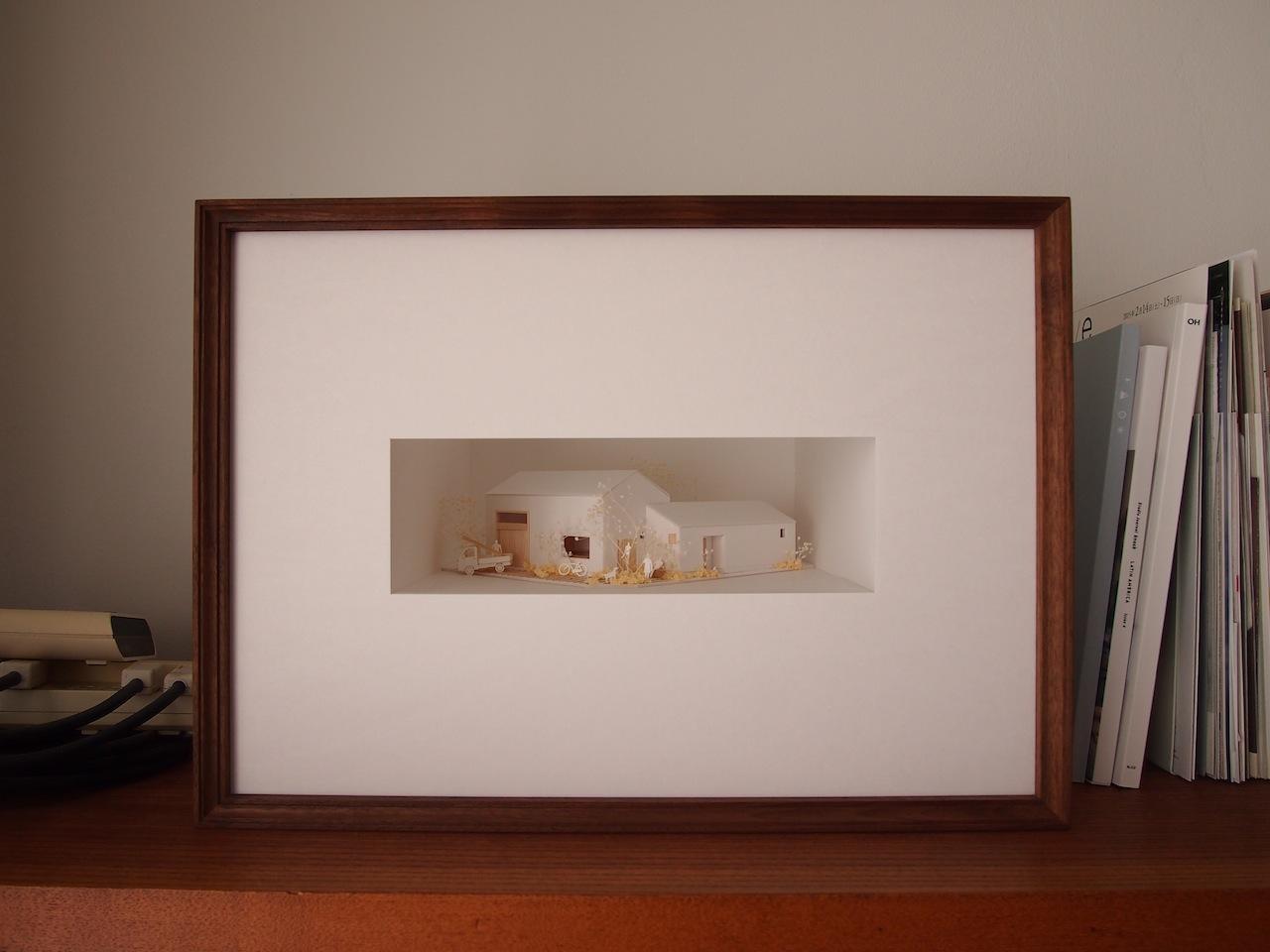 十字路に建つ作業室を持った小さな平屋の住宅03