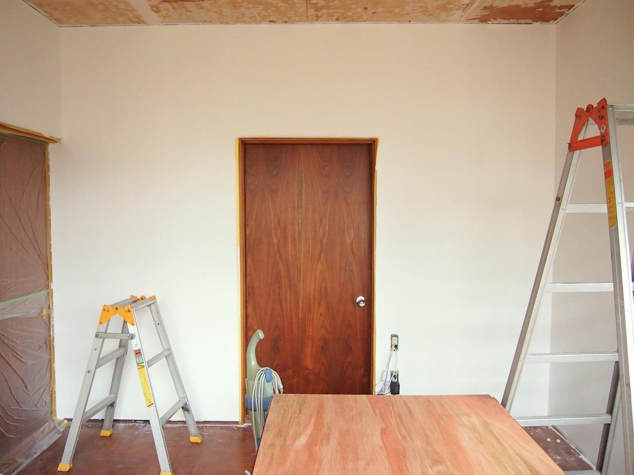 古い家一室の事務所08